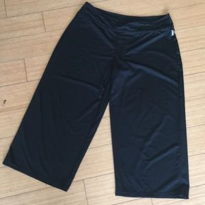 Avia workout capri's